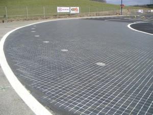 Plattenbelag SKID-PAN Automobilteststrecke 3