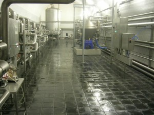Basalt auf dem Fußboden einer Brauerei